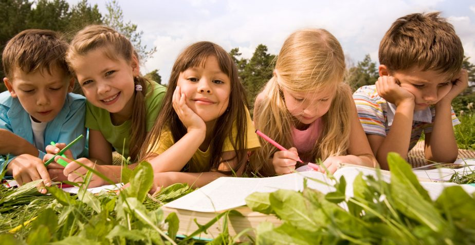 Okul Yemekhanesinde Yemek Yiyen Çocuklar İçin 6 Sağlıklı Beslenme Önerisi